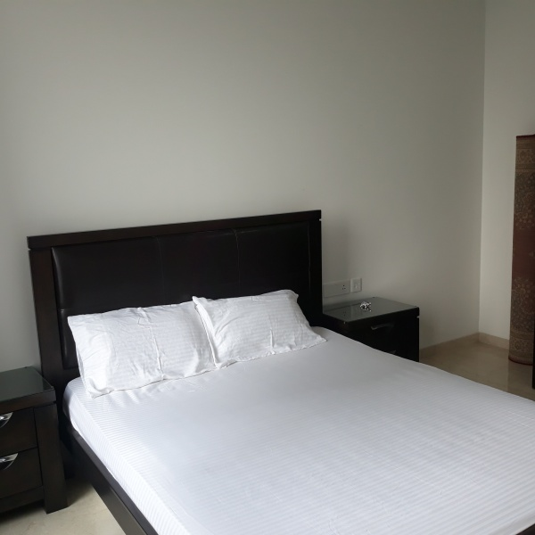 Flatsmates & flatshare near Loreal Lower parel Expat - 2, 3 month short stay near Loreal academy Lower parel