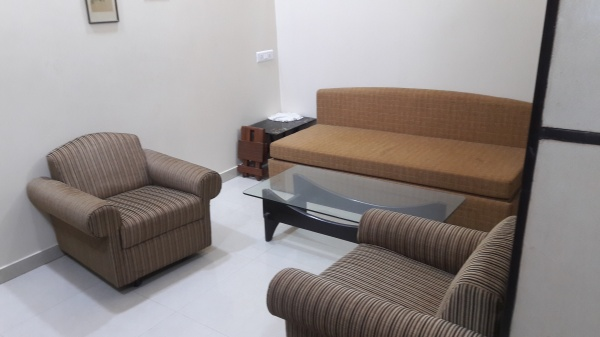Service Apartments1, 2 bhk serviced apartment near Istituto Marangoni Worli - one, two bhk service apartment near Instituto Marangoni school