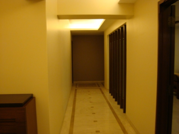 Duplex 2,3bhk flat on sale,resale Peddar road near Jaslok hospital
