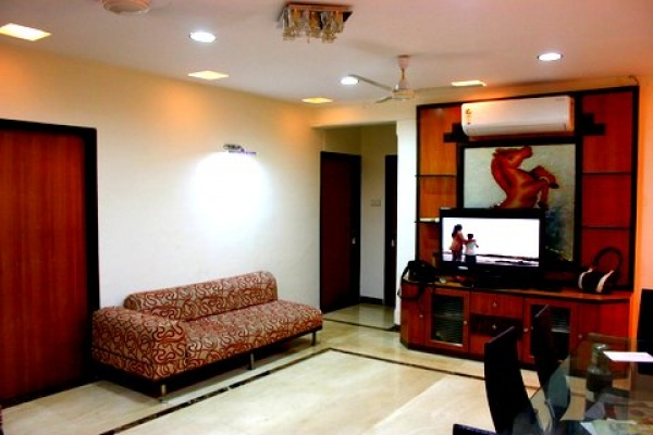 Bandra sea view 2,3 bhk on rent at Cater road near CCD