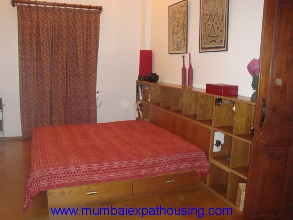 Colaba luxury 1 bedroom flat for 1 to 3 month rental