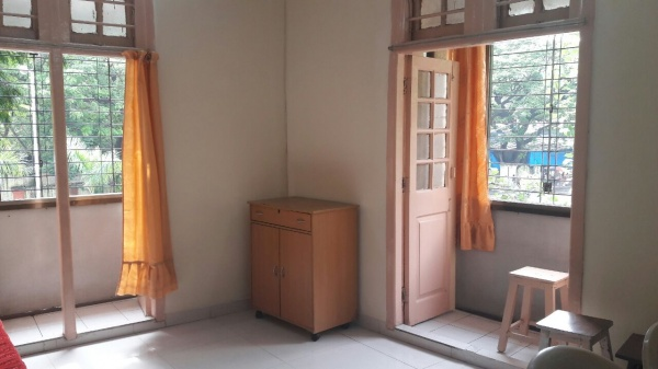 studio apartment room near TATA memorial cancer hospital parel