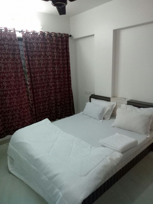 Bandra reclamation Lilavati hospital 1, 2 bhk serviced apartment - 1, 2 month flats, rooms near Lilavati hospital